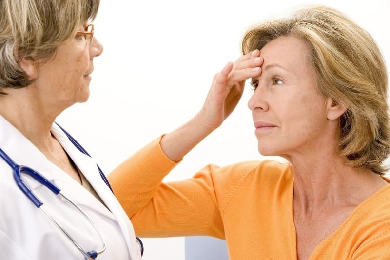 Боль в молочной железе при климаксе